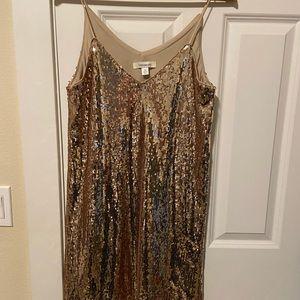 Francesca's sequin rose gold dress M